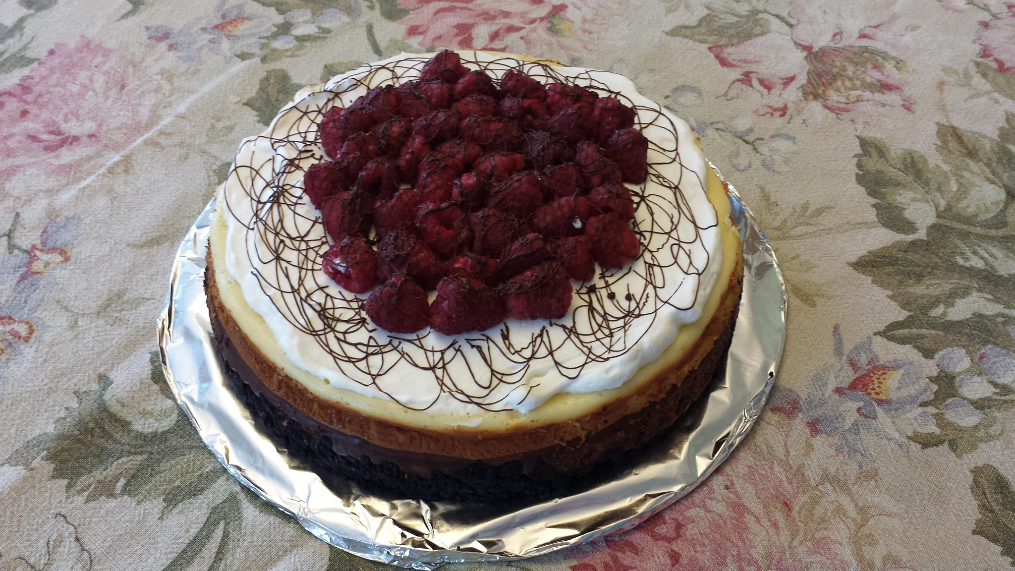 Mountie Jack (Dark Chocolate Raspberry) Cheesecake – The Hearties